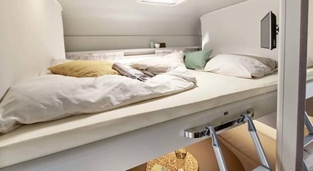 Burstner Averso Plus cama abatible