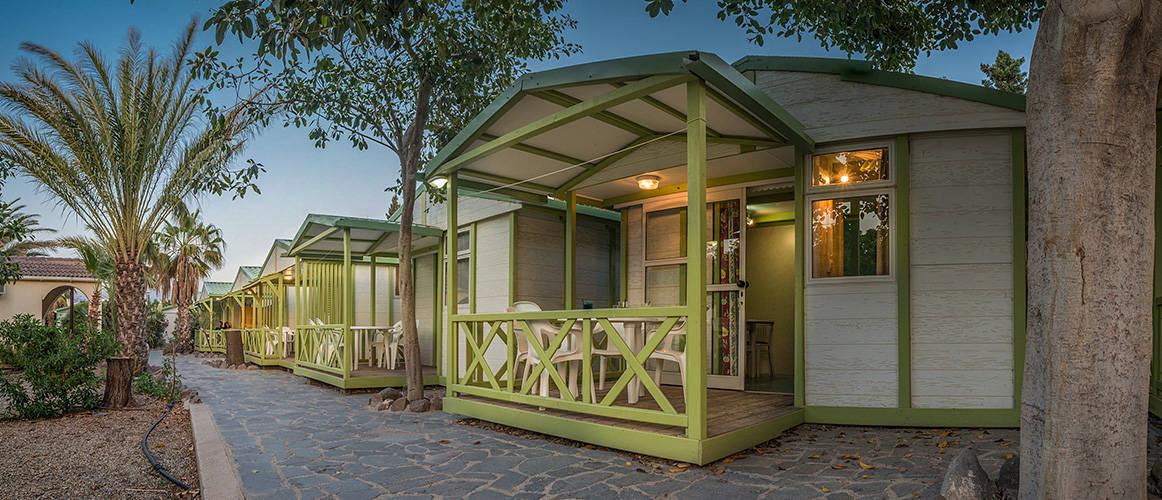 camping-los-escullos-bungalow