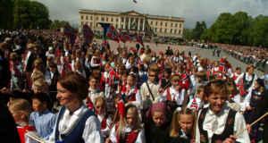 Vive la fiesta grande de Noruega en Oslo