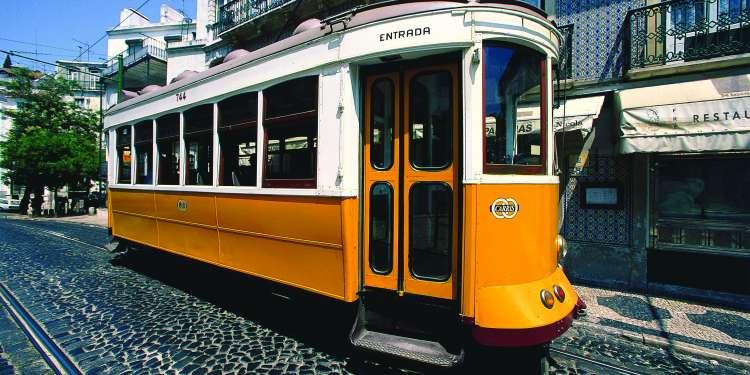 El tranvía, un icono de Lisboa y Portugal.