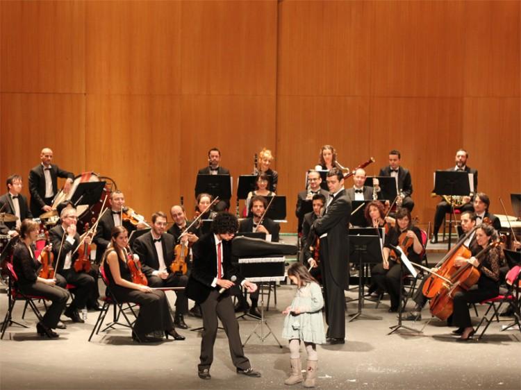 """""""Músico Mágico"""" unirá en el escenario una orquesta sinfónica y la magia."""