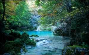 La Navarra más verde: el nacedero del río Urederra