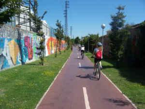Vía verde entre Navarra y el País Vasco a golpe de pedal