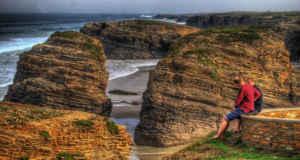 Acantilados gigantes en la costa de Lugo