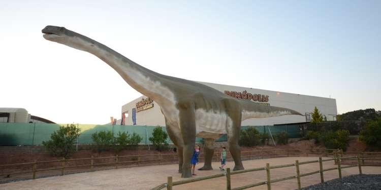 Reconstrucción Turiasaurus riodevensis_Tierra Magna