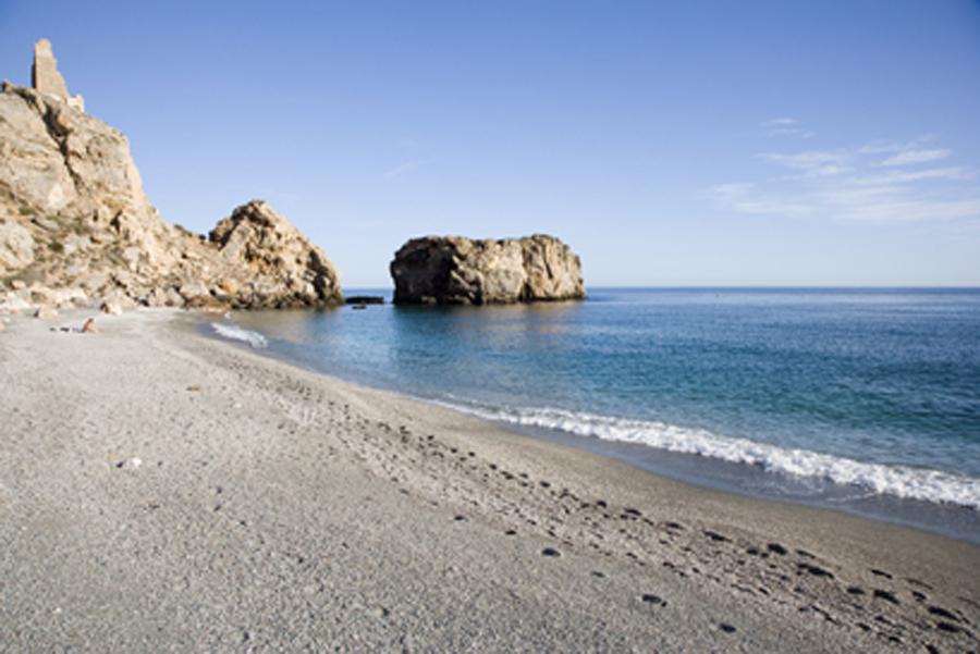 Playa de La Rijana, en Castell de Ferro