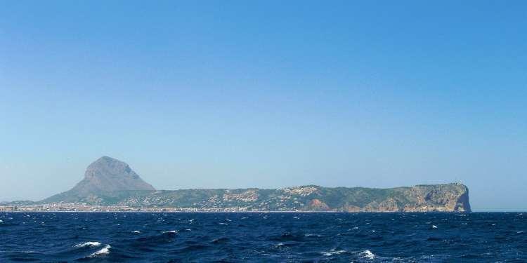 Montgó y el mar