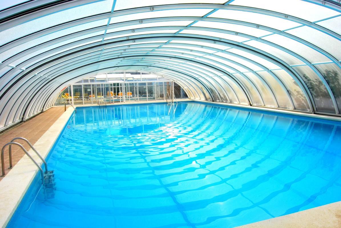 Camping en valencia con piscina climatizada cheap hotel benasque para nios con piscina - Piscinas cubiertas en valencia ...