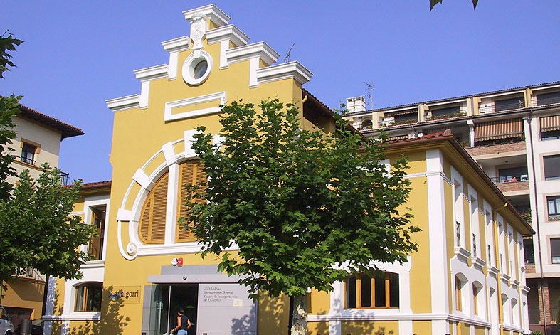 Ruta de los museos y gastronom a de zumaia for Oficina turismo zumaia