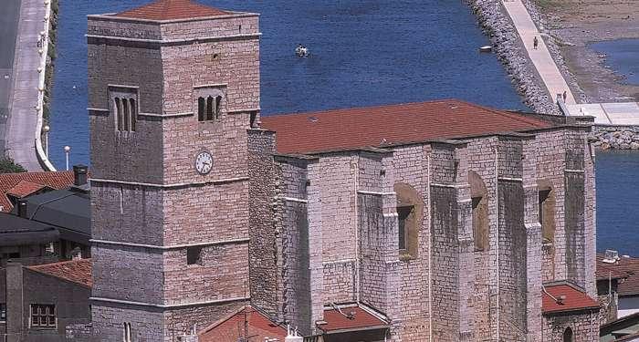 iglesia San Pedro Zumaia