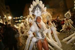 aguilas-carnaval-desfile