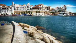 Practica el turismo activo en  L'Ametlla de Mar