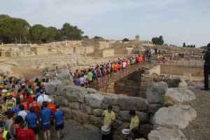 En Empúries se celebra una auténtica maratón romana
