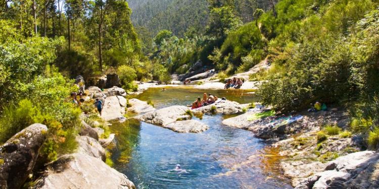 piscinas-rio-pedras