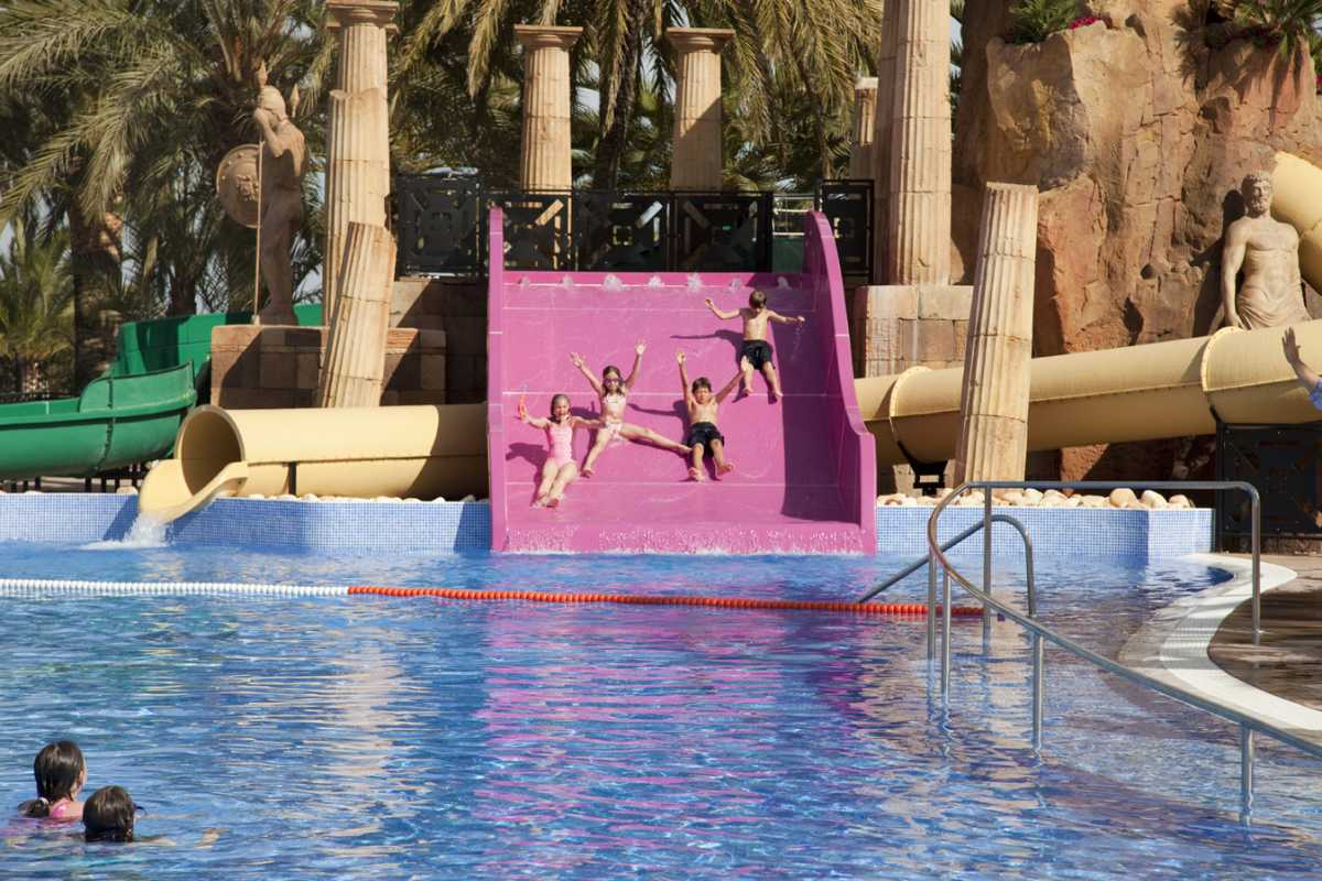 Salou con ni os un verano en familia for Hoteles en salou con piscina